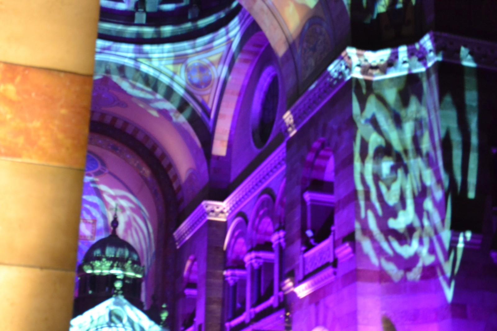"""L'intérieur de la Major était illuminé lors du concert """"Rencontre du 13e type"""" ©MD"""