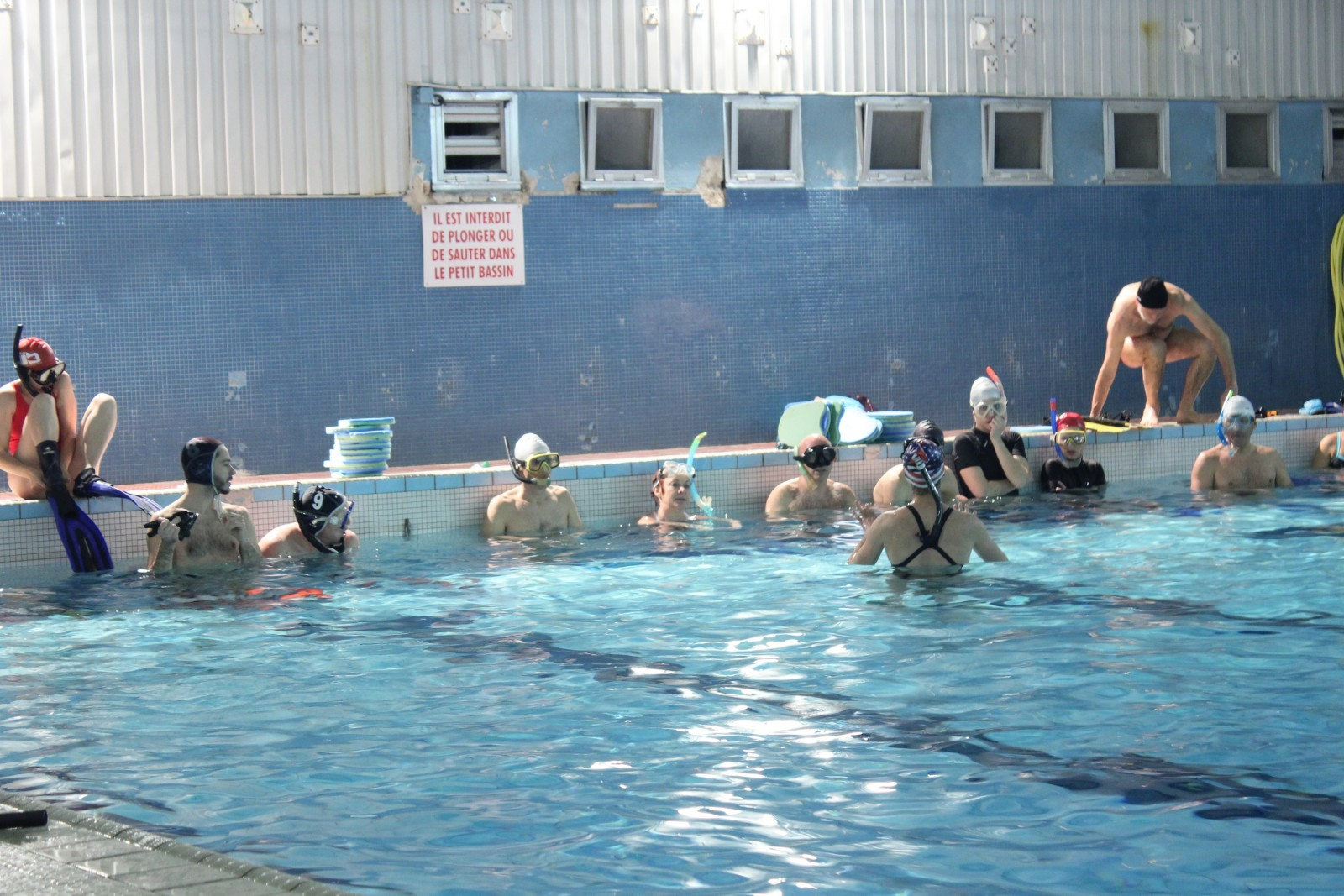 Début d'un entraînement à la piscine Saint-Charles ©AL