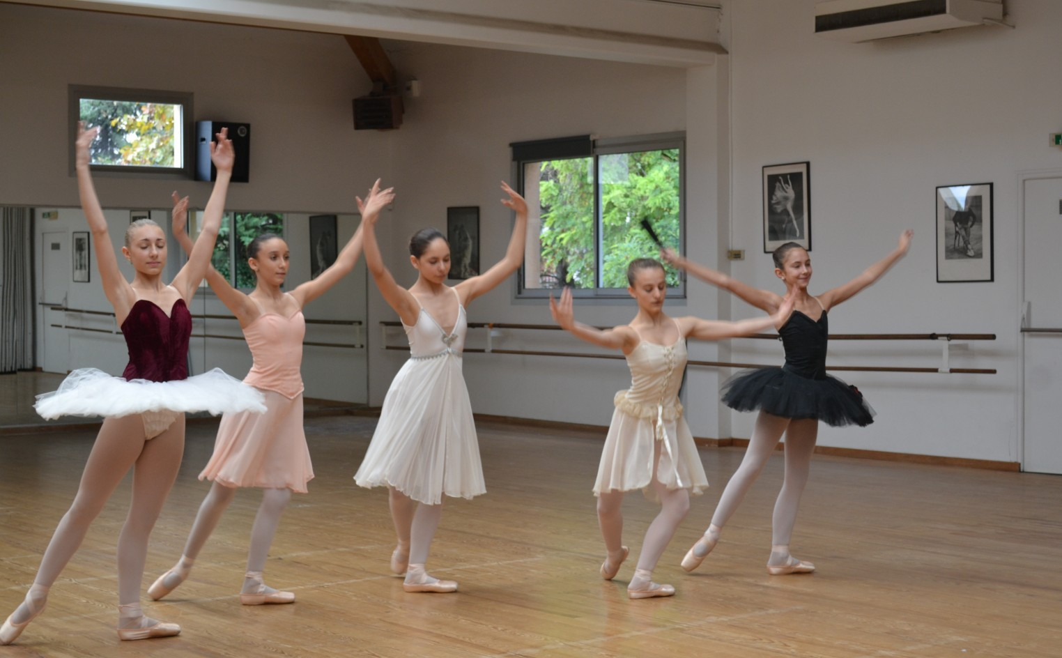 Le salut des danseuses ©MD