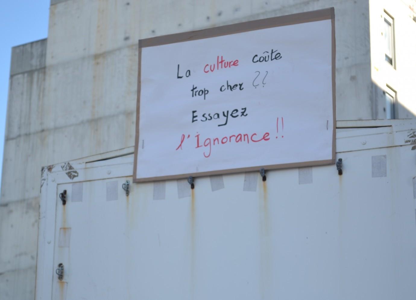 Au cours d'une manifestation pour le maintien du statut des intermittents du spectacle, à Marseille le 27 février 2014. ©MD