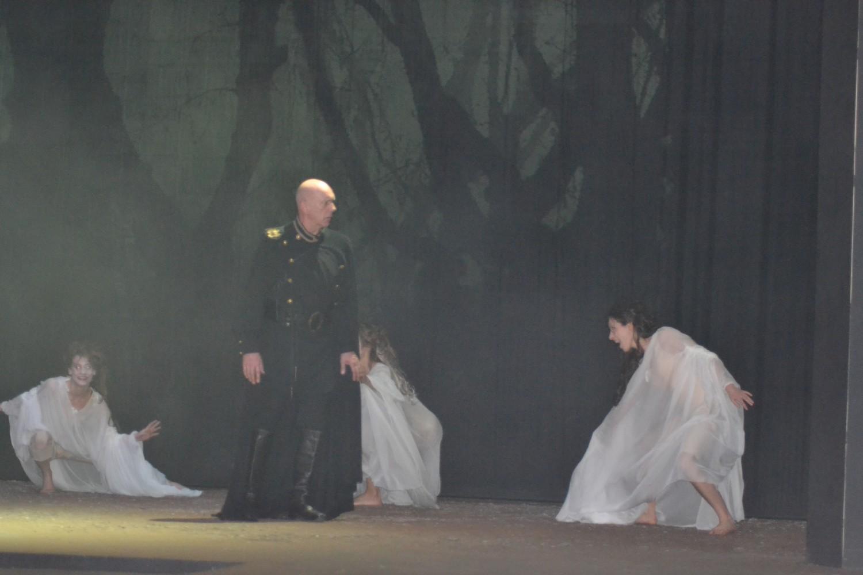 Macbeth et les sorcières ©MD