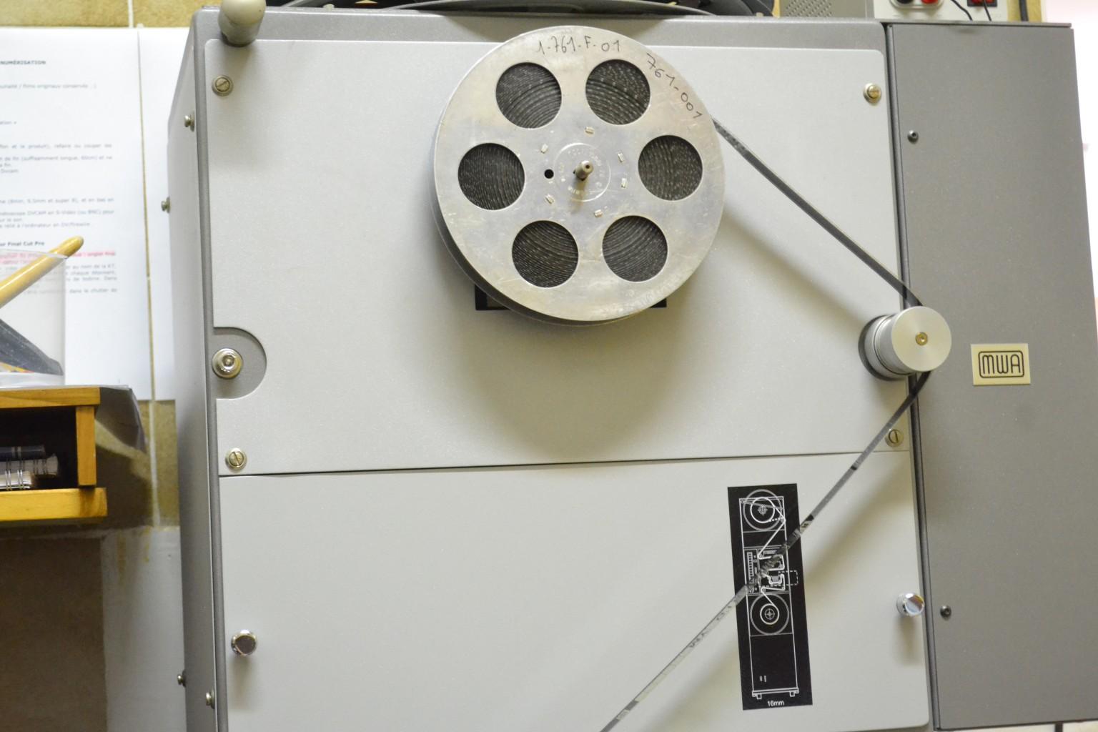 Machine à numériser les pellicules. ©MD