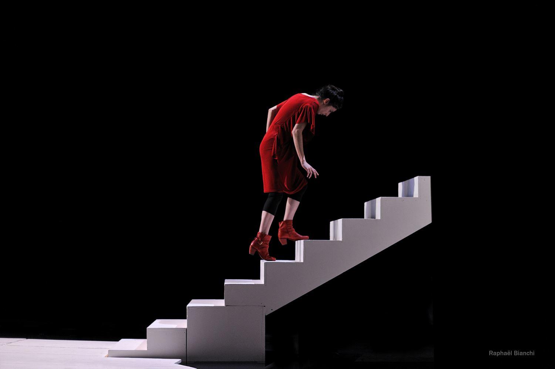 « Le théâtre permet de passer d'une histoire à l'autre ». ©Raphaël Bianchi