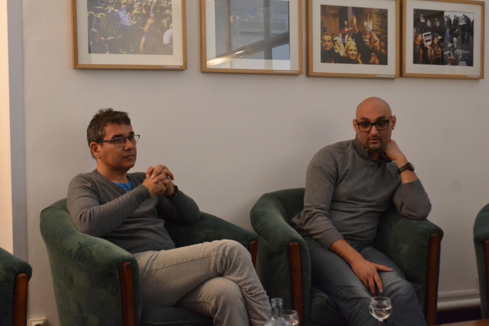 Le journaliste Joseph Marando et Hassan Ben Mohamed lors de la présentation du livre au siège du Club de la Presse Marseille Provence Alpes du Sud. ©MD