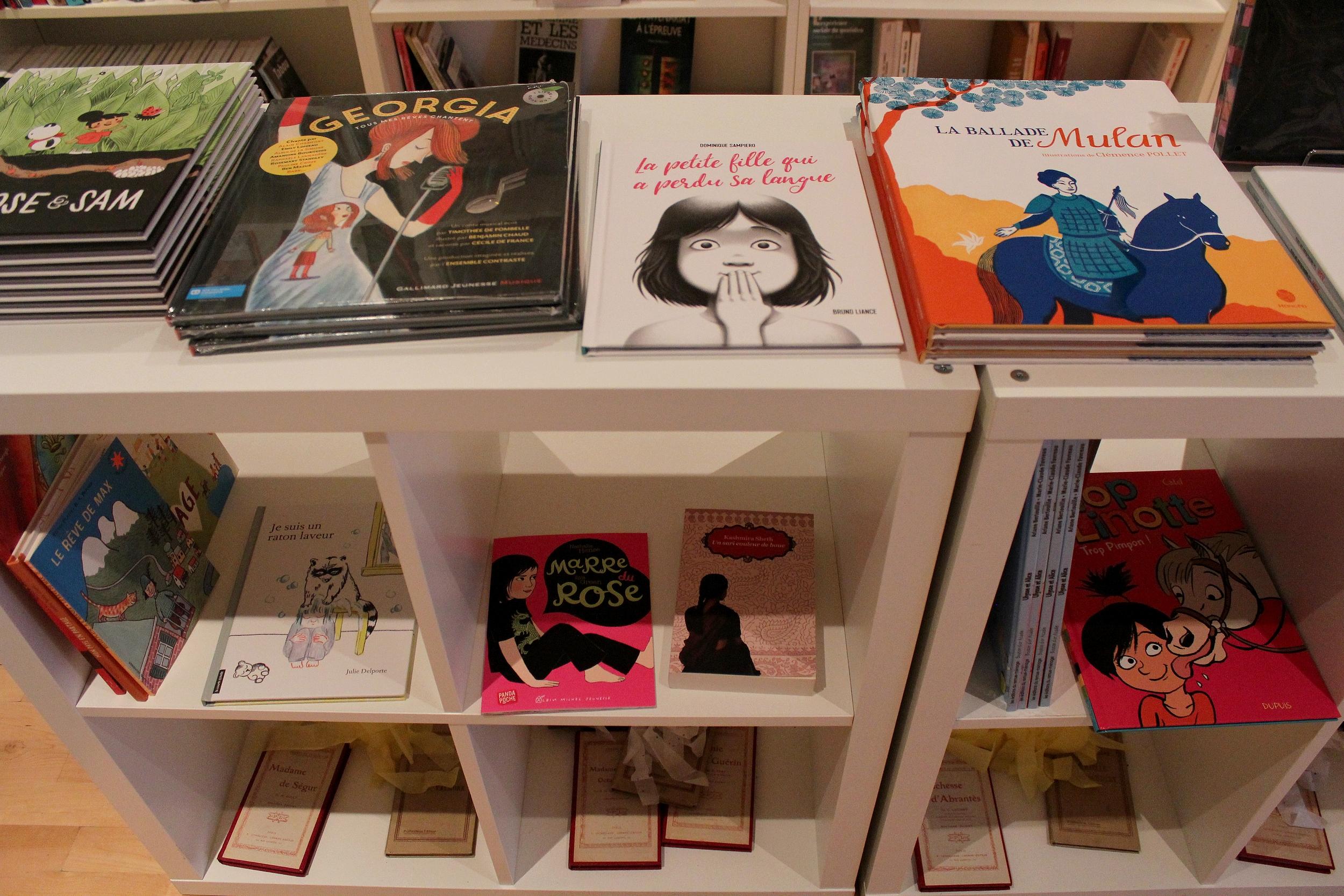 Un espace dédié aux livres pour enfants permet de déconstruire les stéréotypes. ©AL