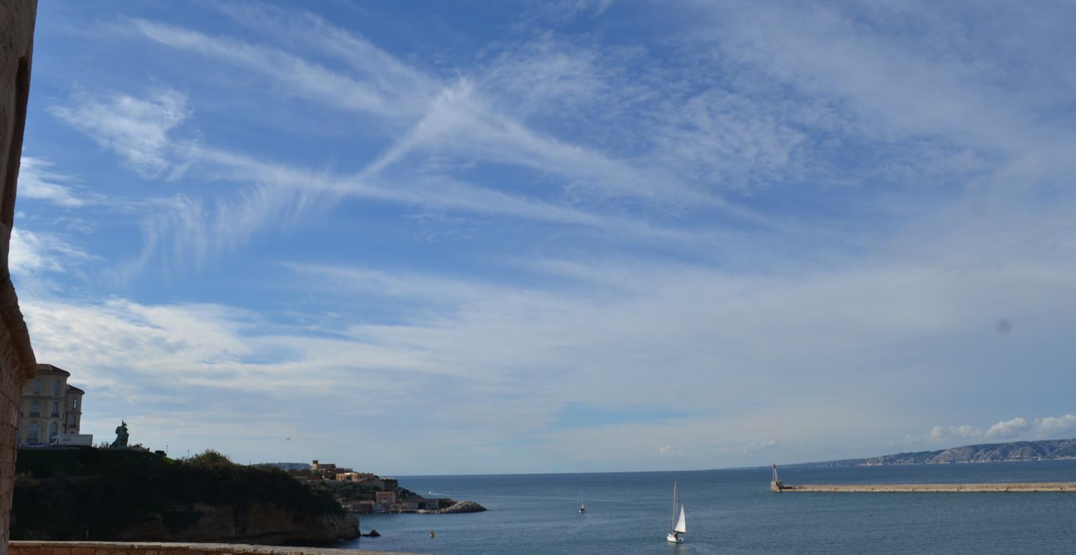 Vue depuis le fort Saint Jean à Marseille. ©MD