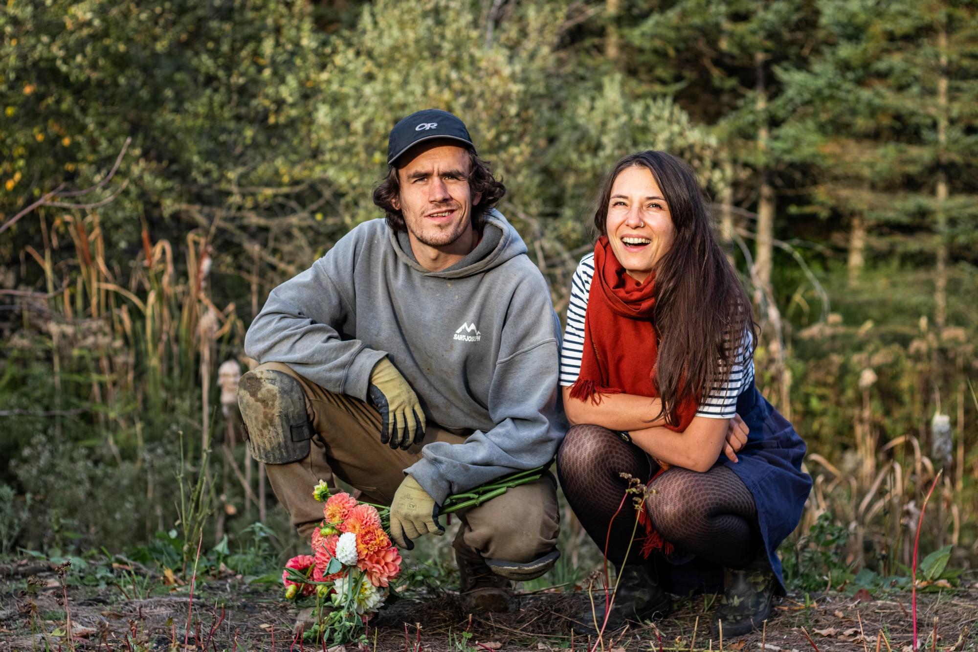« Thierry fait pousser les fleurs et moi je m'occupe de tout ce qui est mise en marché, communication et ouverture au public » - Alice Berthe. ©Les Productions Novatik