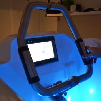 J'ai testé l'aquabiking en cabine individuelle au centre Vélozéo à Aix-en-Provence. ©MD