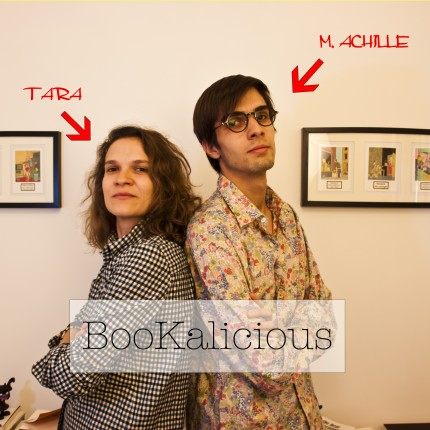 Tara Lennart anime la web-émission BooKalicious avec son acolyte M.Achille. ©DR