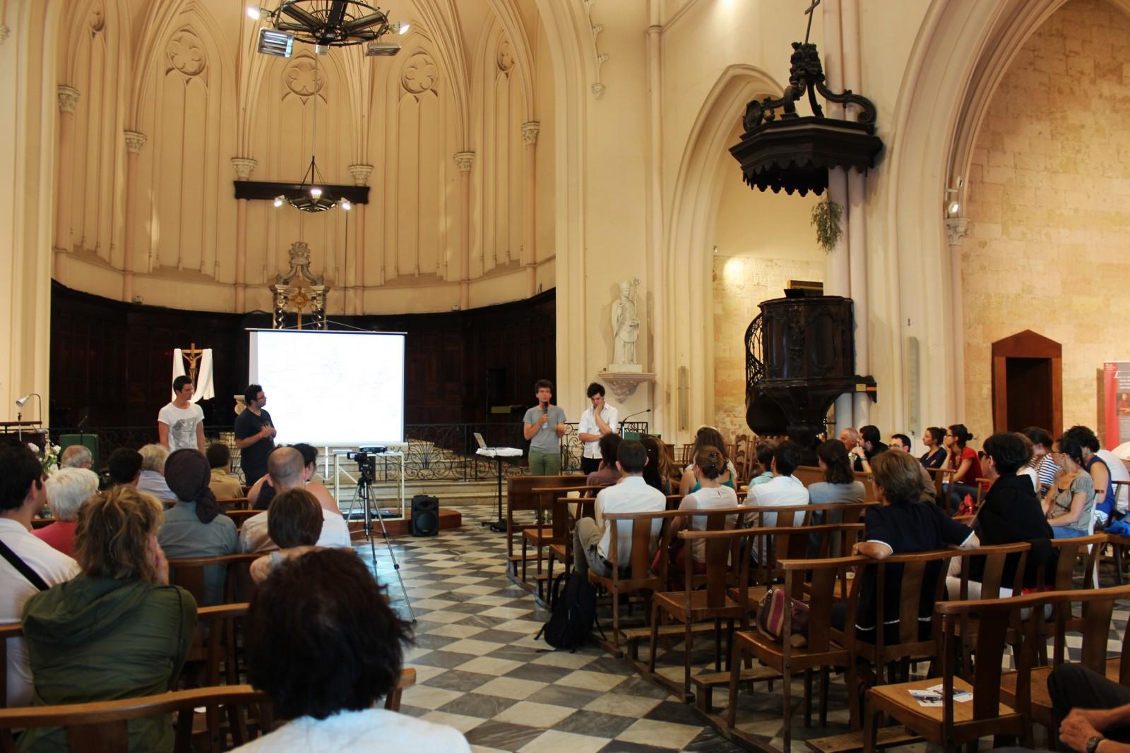 Samuel, Ismaël, Victor et Josselin en conférence en l'église Saint-Ferreol à Marseille, le 19 juin 2014. ©AL