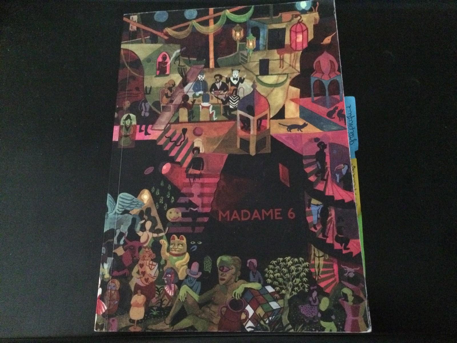 Madame 6 est construite sous forme de cahiers. ©MD