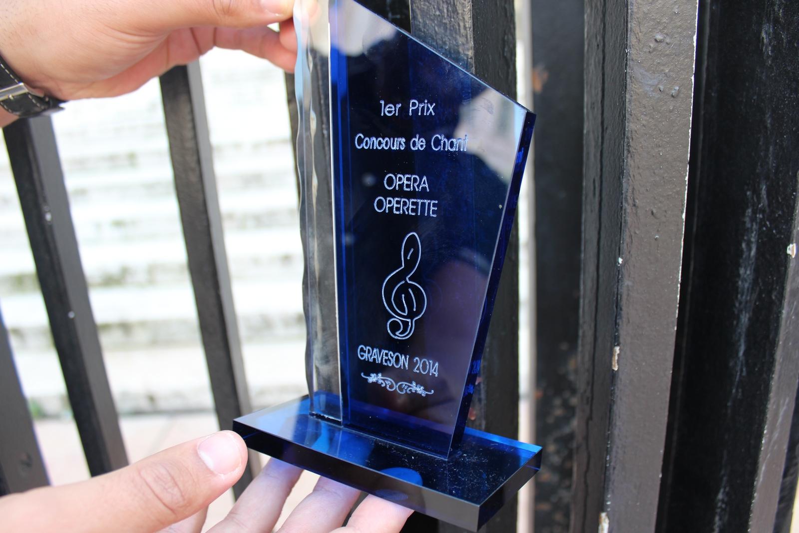 Naestro obtient le 1er prix du concours de chant Graveson 2014.© AL
