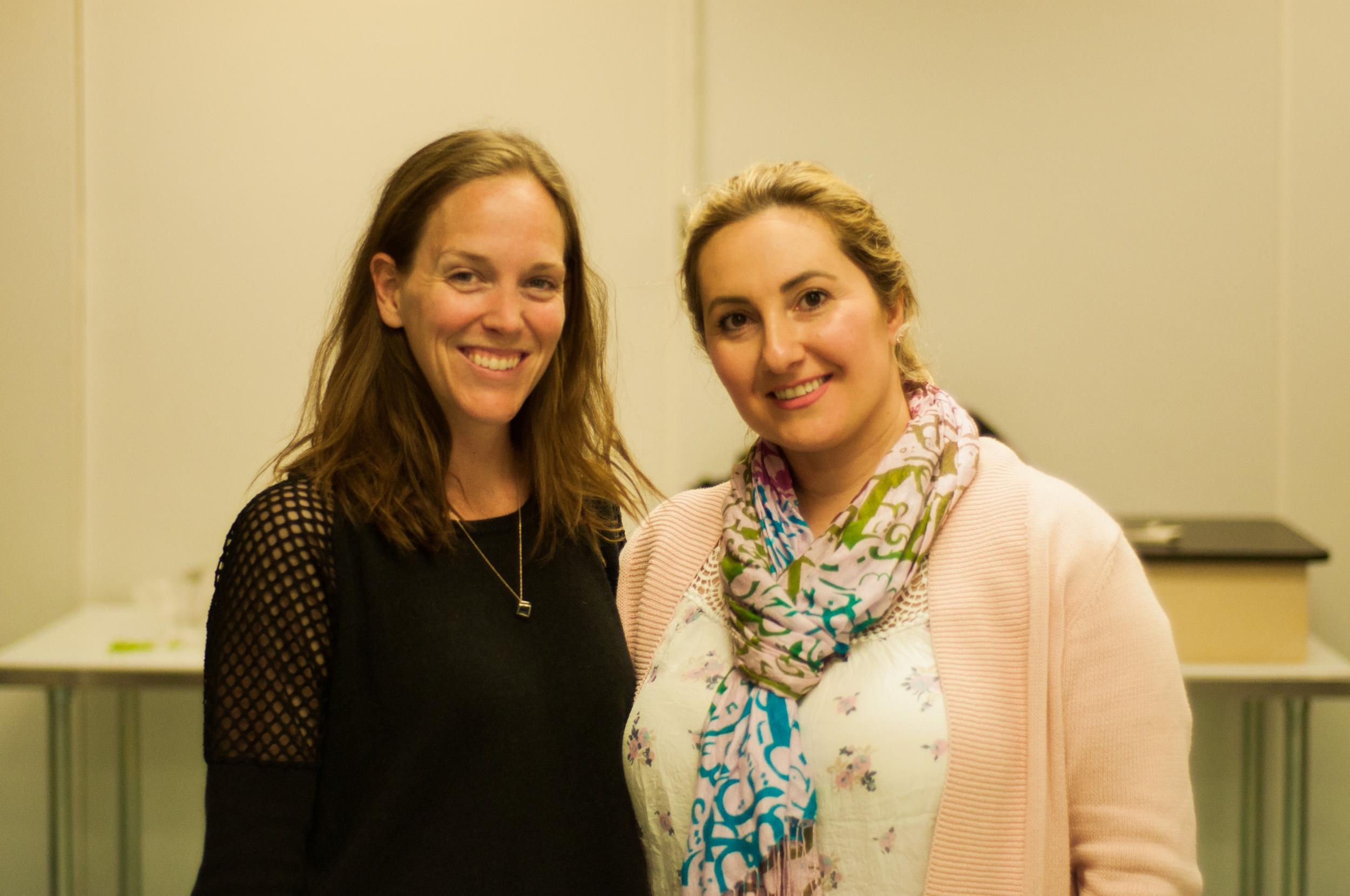 Geneviève Comeau (à gauche) s'est jointe à l'équipe en tant que chargée des communications. A droite, Adelle Tarzibachi, l'une des fondatrices. ©Inès Marandon