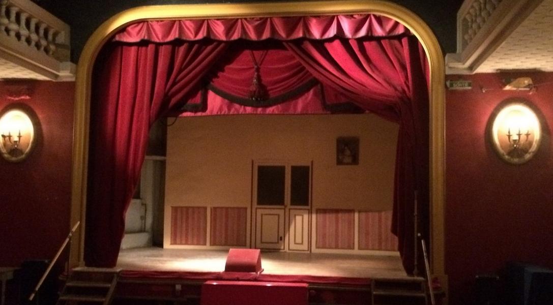 La scène du théâtre de l'Œuvre  accueille regulièrement Manifeste Rien. ©MD