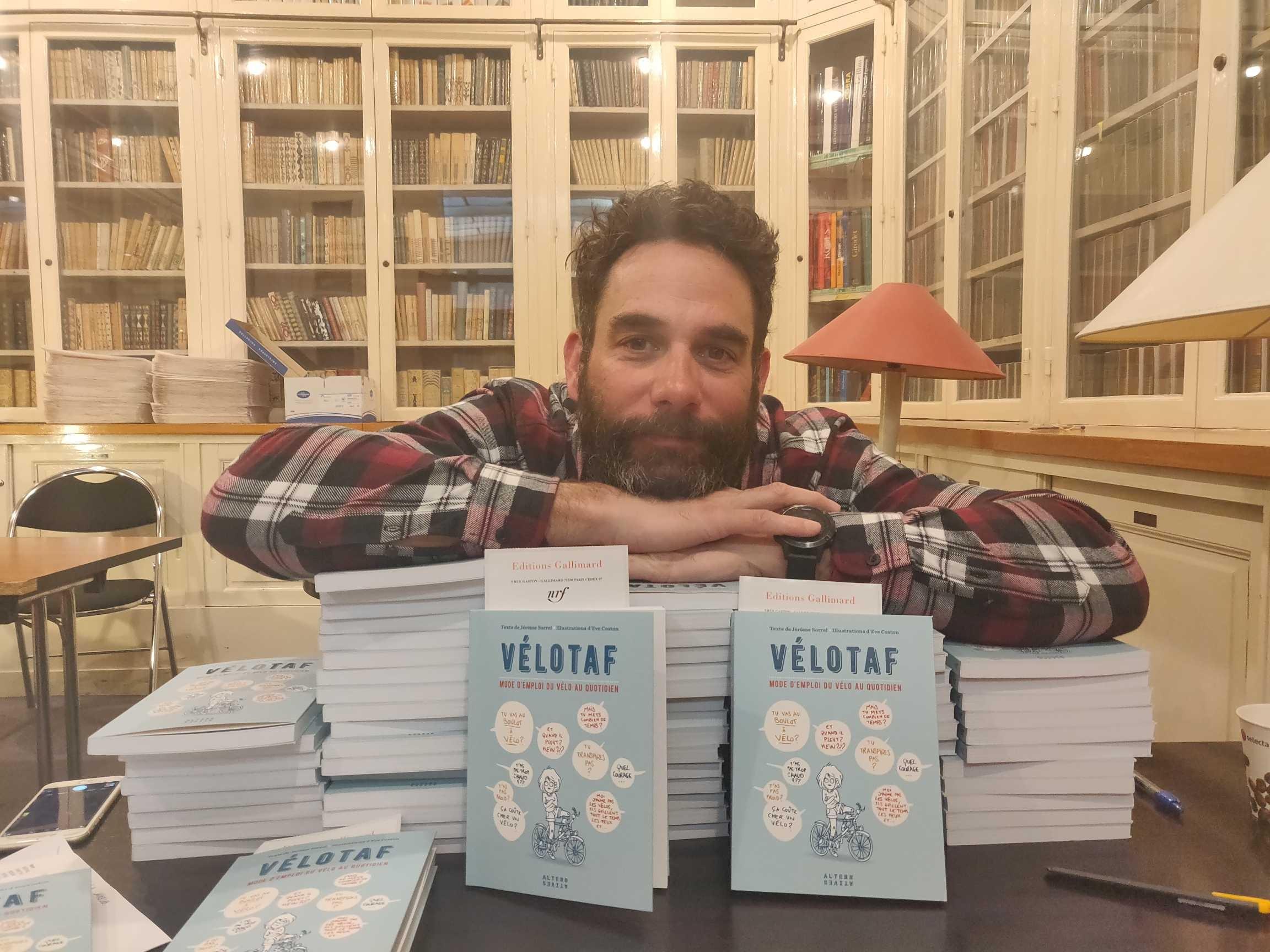 Dans son livre Jérôme Sorrel partage son expérience sur le vélotaf. ©DR